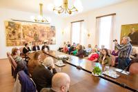 Veszprémbe érkezett a Jószolgálat-díj szabadtéri kiállítása